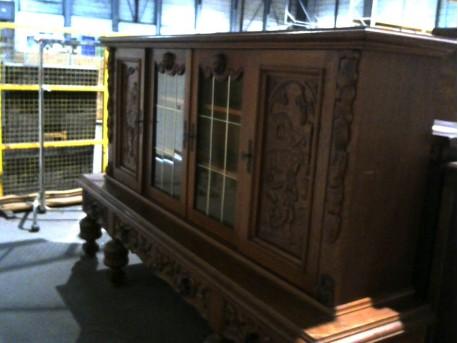 meuble vitrine en ch ne ressourcerie evin malmaison. Black Bedroom Furniture Sets. Home Design Ideas